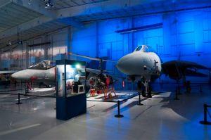 Carolinas_Aviation_Museum_F-14_AV8B_Harrier